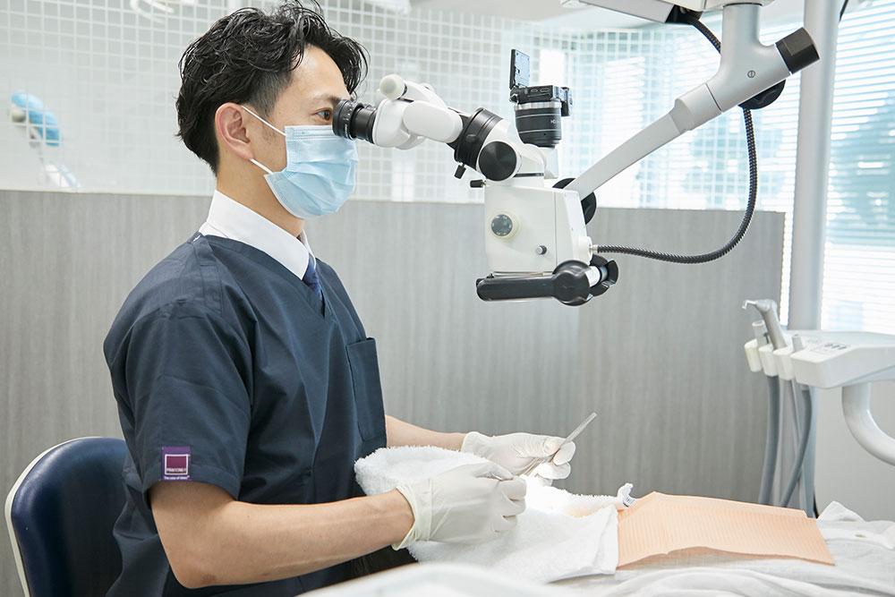 歯科マイクロスコープ